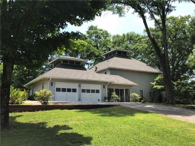 Fulton County Single Family Home For Sale: 8125 Cochran Mill Route