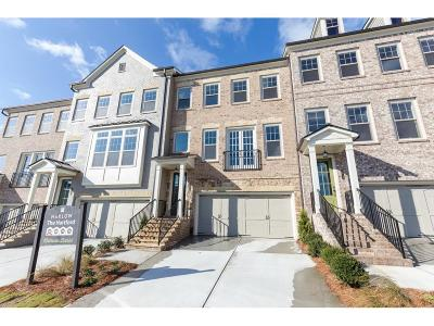 Roswell Condo/Townhouse For Sale: 10181 Windalier Way