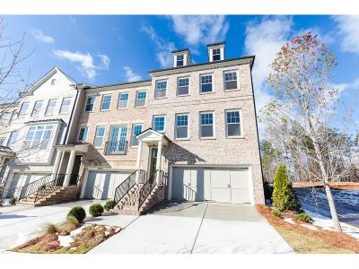 Roswell Condo/Townhouse For Sale: 10183 Windalier Way