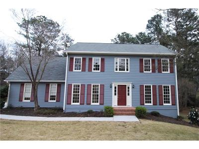 Snellville Single Family Home For Sale: 2512 Meadowglen Trail