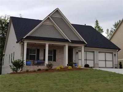 Woodstock Single Family Home For Sale: 241 Sweetbriar Club Drive