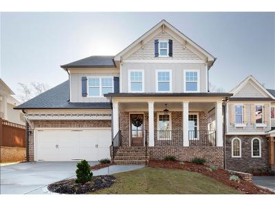 Smyrna Single Family Home For Sale: 1068 Bank Street SE