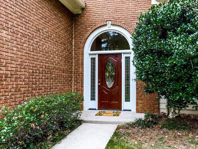 Roswell Single Family Home For Sale: 3495 Johnson Ferry Road NE