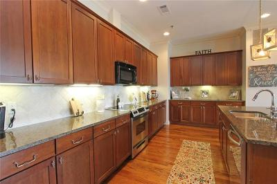 Woodstock Condo/Townhouse For Sale: 360 Chambers Street #402