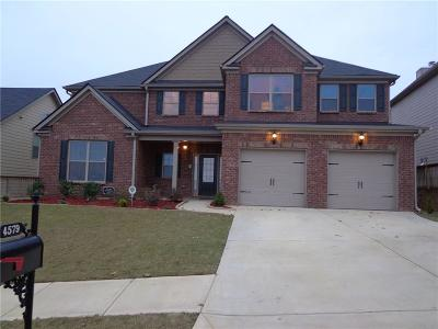 Buford Single Family Home For Sale: 4579 Bogan Meadows Drive