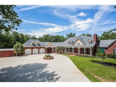 Single Family Home For Sale: 435 Elliott Road