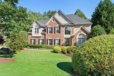 Roswell Single Family Home For Sale: 540 Bircham Way