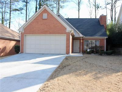 Duluth Single Family Home For Sale: 4534 Driftwater Road