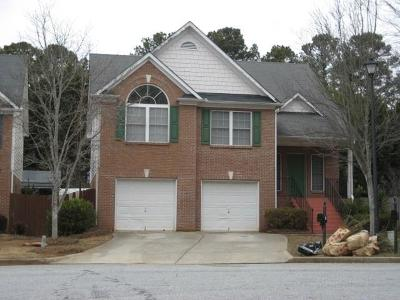 Lilburn Single Family Home For Sale: 4515 Parkview Walk Drive