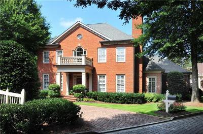 Marietta Single Family Home For Sale: 53 Rivergate Court