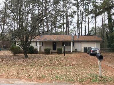 Gwinnett County Single Family Home For Sale: 2933 Deshong Drive