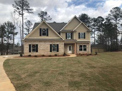 Single Family Home For Sale: 1905 Callee Ct
