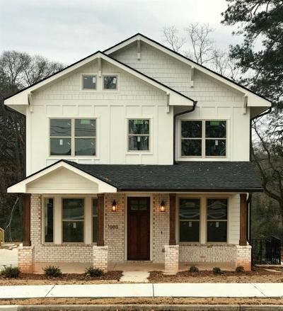Smyrna Single Family Home For Sale: 1080 Fleming Street SE