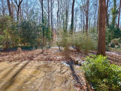Sandy Springs Single Family Home For Sale: 495 Forest Hills Drive