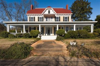 Madison Single Family Home For Sale: 292 Academy Street