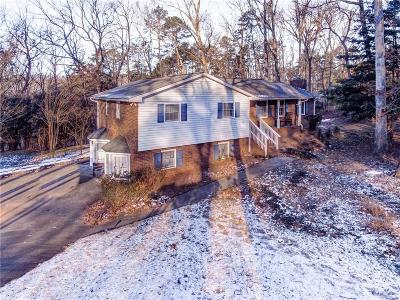 Canton Single Family Home For Sale: 720 Crabapple Road