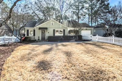 Single Family Home For Sale: 701 Darlington Circle NE
