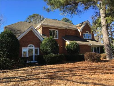 Alpharetta  Single Family Home For Sale: 5250 Skidaway Drive