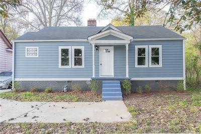 Single Family Home For Sale: 1311 Memorial Drive SE