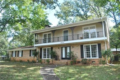 Dunwoody Single Family Home For Sale: 4525 N Peachtree Road