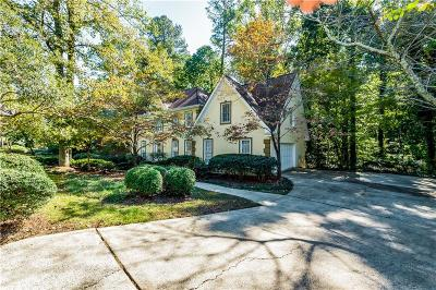 Alpharetta  Single Family Home For Sale: 3065 Hartridge Drive