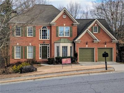 Alpharetta  Single Family Home For Sale: 6510 Barrington Run