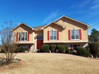Stockbridge Single Family Home For Sale: 465 Whitewater Trail