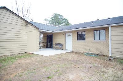 Gwinnett County Single Family Home For Sale: 3236 Sir Scott Court