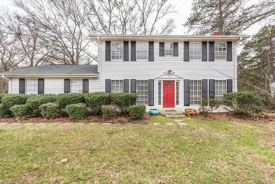 Single Family Home For Sale: 3767 Due West Road NW