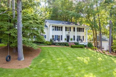 Alpharetta, Atlanta, Duluth, Dunwoody, Roswell, Sandy Springs, Suwanee, Norcross Single Family Home For Sale: 2615 Hyde Manor Drive