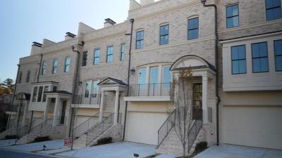 Alpharetta, Atlanta, Duluth, Dunwoody, Roswell, Sandy Springs, Suwanee, Norcross Condo/Townhouse For Sale: 3715 Peachtree Road NE #8