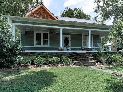 Kingston Single Family Home For Sale: 36 Shaw Street