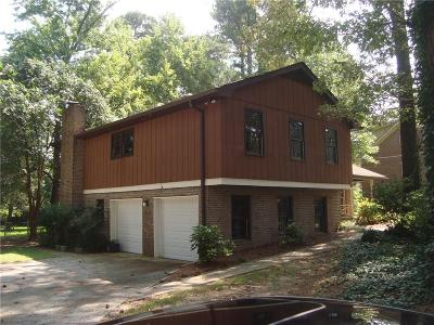 Snellville GA Single Family Home For Sale: $199,900