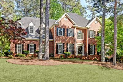 Marietta Single Family Home For Sale: 720 Parkside Trail NW