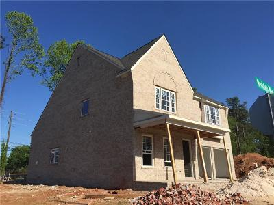 Sandy Springs Single Family Home For Sale: 6471 Meridian Way
