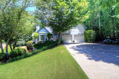 Roswell Single Family Home For Sale: 12165 Lonsdale Lane