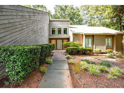 Lilburn Single Family Home For Sale: 3596 Starwood Trail SW