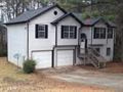 Douglasville Single Family Home For Sale: 7688 Independence Court