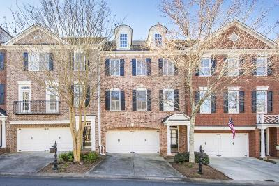 Roswell  Condo/Townhouse For Sale: 4605 Village Green Drive