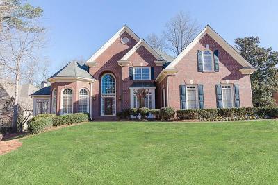 Alpharetta, Atlanta, Dunwoody, Johns Creek, Milton, Roswell, Sandy Springs Single Family Home For Sale: 9410 Nesbit Lakes Drive