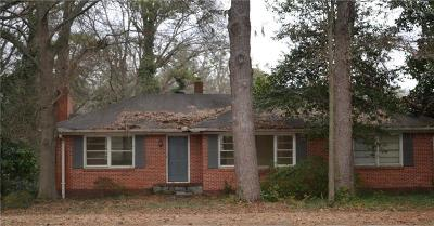 Sandy Springs Single Family Home For Sale: 338 Hilderbrand Drive