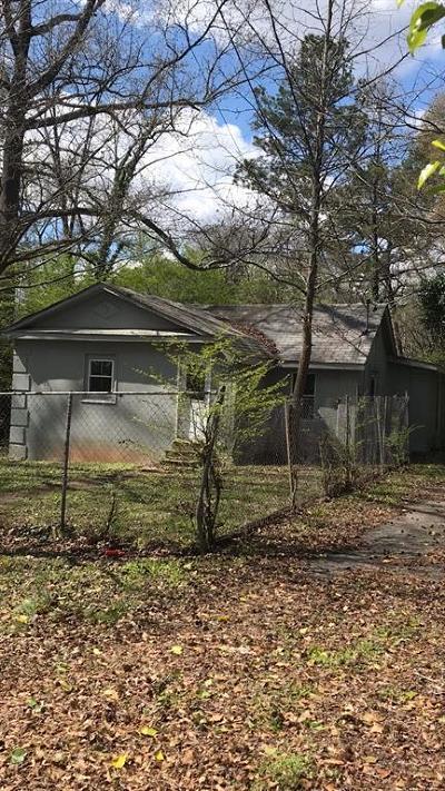 Atlanta GA Single Family Home For Sale: $99,900