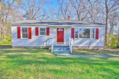 Mableton GA Single Family Home For Sale: $135,000