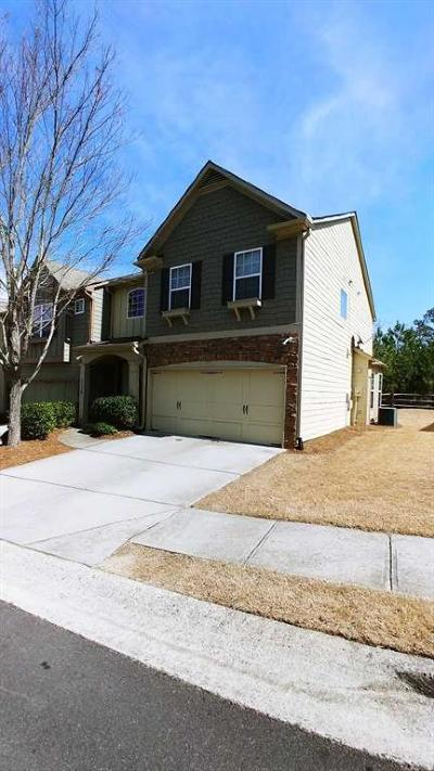 Forsyth County Condo/Townhouse For Sale: 3338 Castleberry Village Circle
