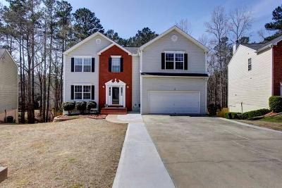 Kennesaw Single Family Home For Sale: 443 Two Iron Trail NW
