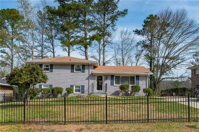 Single Family Home For Sale: 3658 Mecklinburg Place