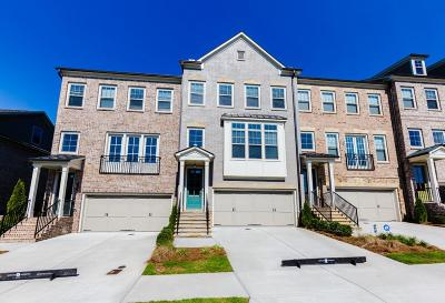 Roswell Condo/Townhouse For Sale: 10179 Windalier Way