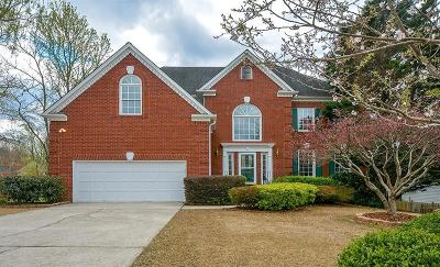 Roswell Single Family Home For Sale: 245 Bluff Oak Drive