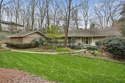 Sandy Springs Single Family Home For Sale: 4830 Longchamps Drive