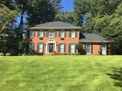 Alpharetta Single Family Home For Sale: 3410 Legacy Trace